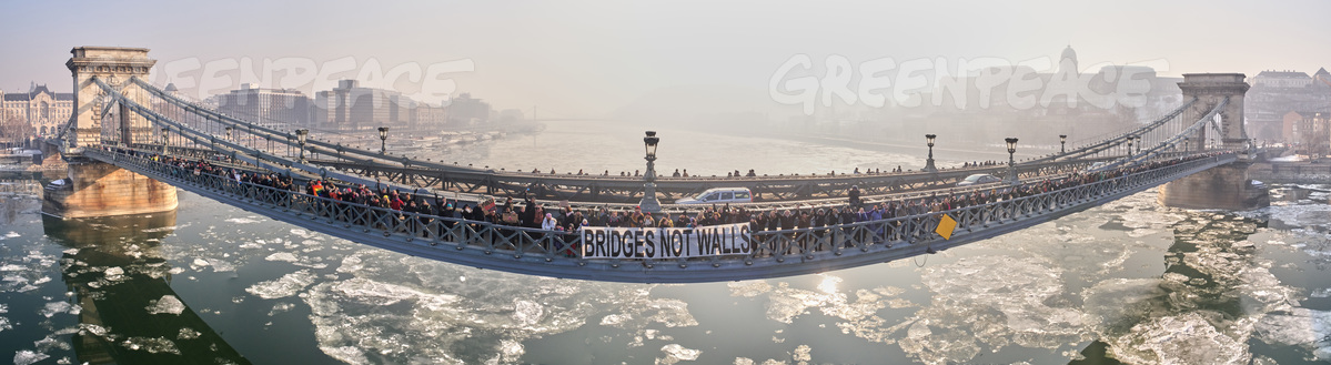 Bridges Not Walls Action in Budapest