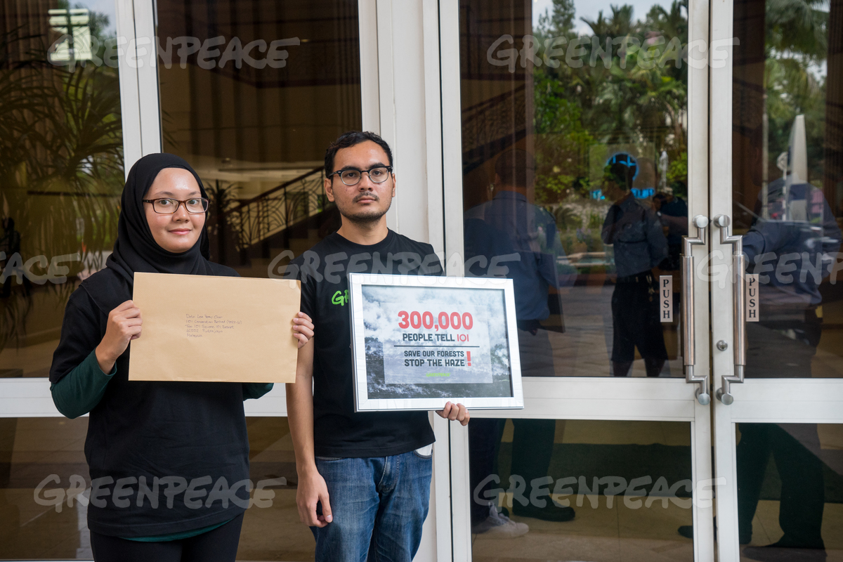 Petition Delivery to Palm Oil Giant IOI in Malaysia