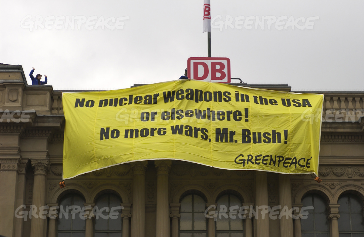 Action Against US Nuclear Policy in Mainz