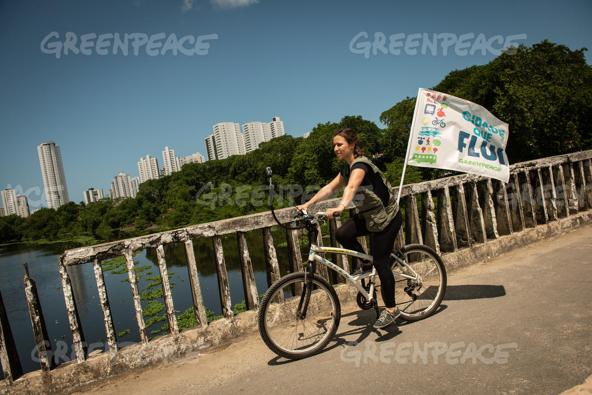 Luiza Lima, Greenpeace Brazil Climate and Energy Campaigner, in World Car Free Day in Recife, Brazil