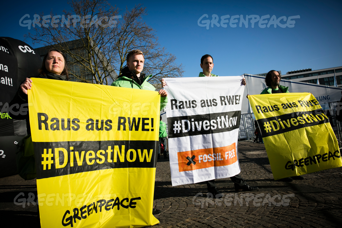 Climate Action at RWE Shareholder Meeting in Germany