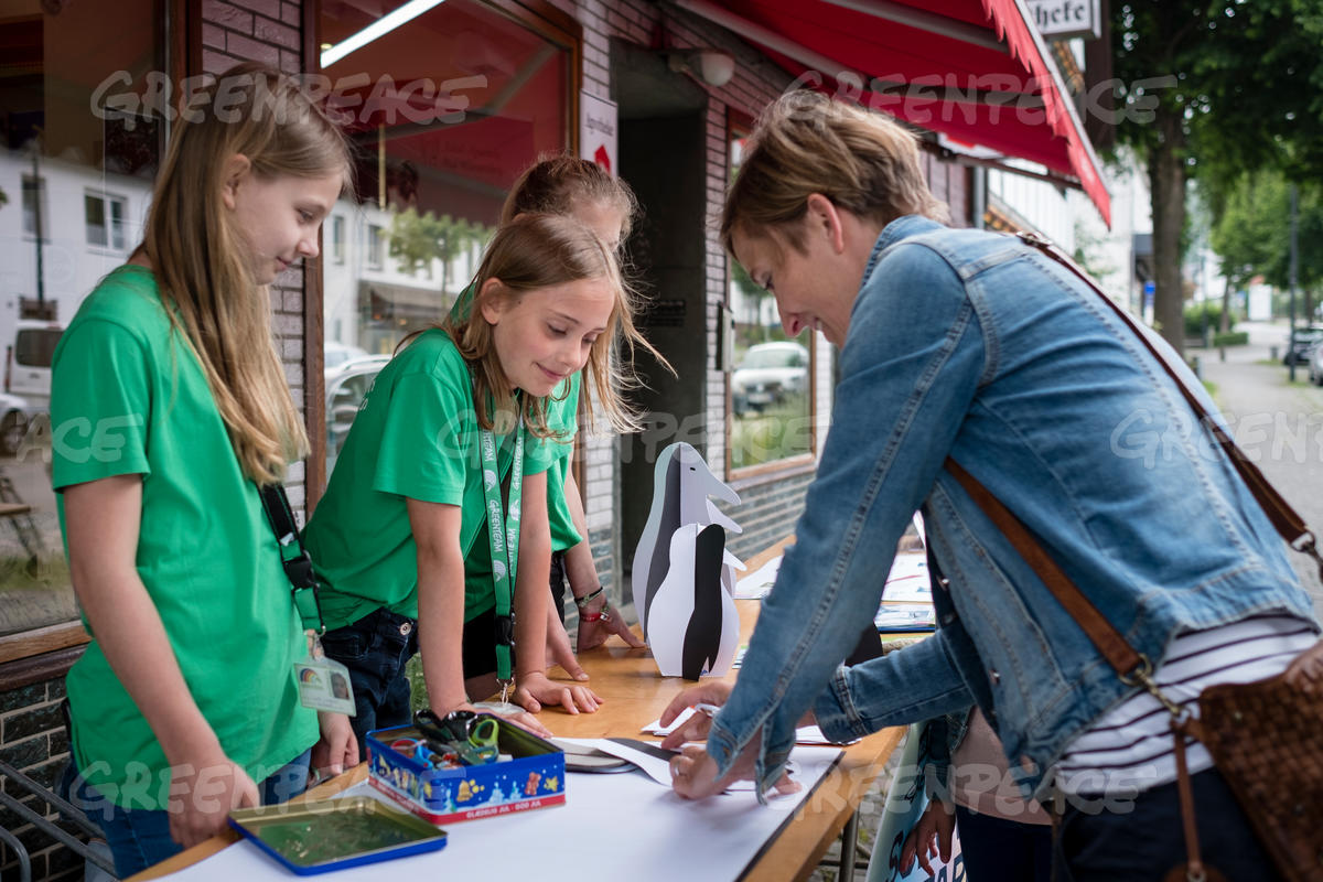 Youth's Antarctic Action Day in Bad Wuennenberg