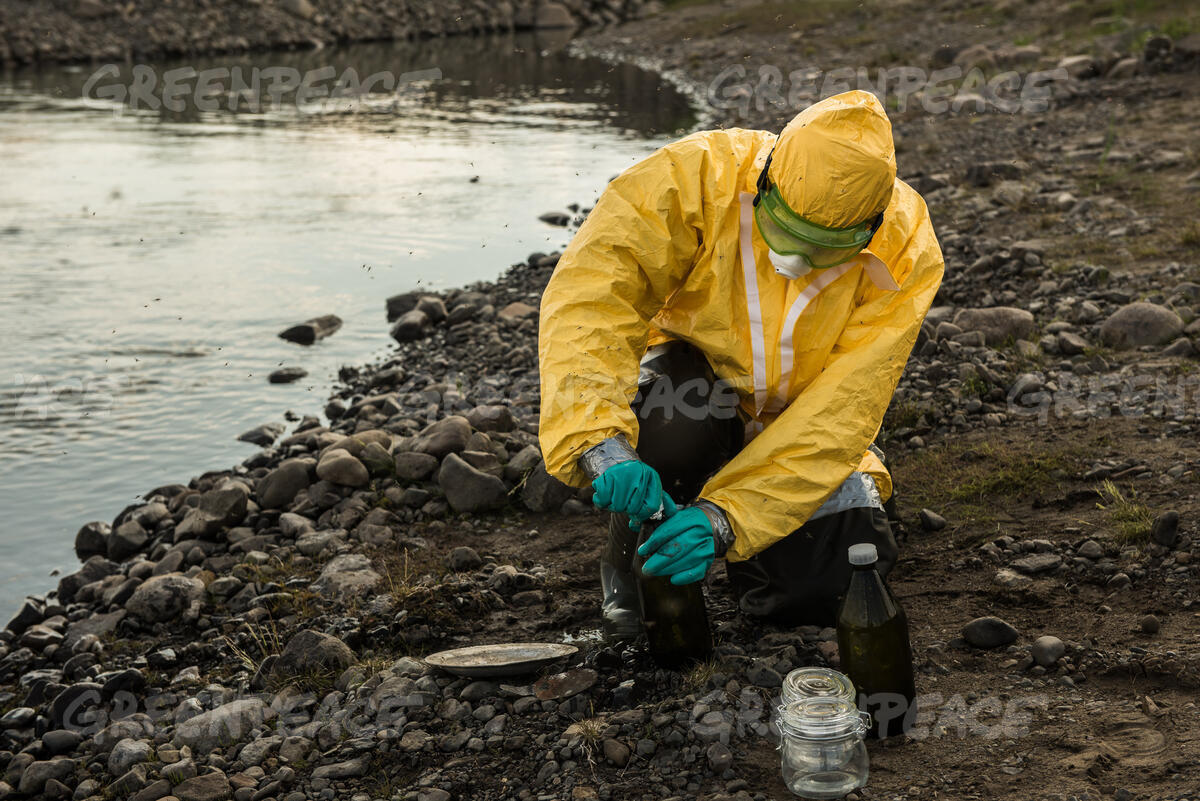 Sampling the Pyasina River Contaminated by Oil in the Russian Arctic