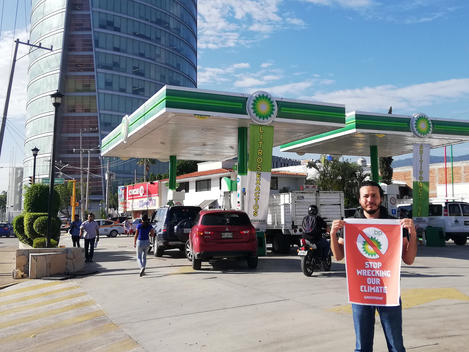 BP Oil Rig Protest Solidarity Activity in Tuxtla