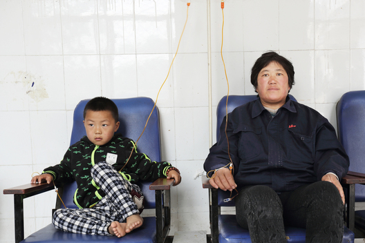 Victims Affected by Heavy Air Pollution in China