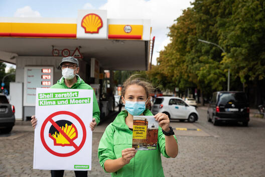 Group Action Day against Shell Decommissioning Plans in Hamburg