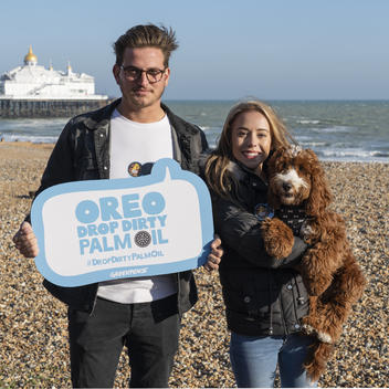 Tell Oreo to Drop Dirty Palm Oil Campaign in Eastbourne