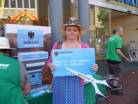 Volunteers in Berkshire Ask Barclays Bank Not to Fund Oil Pipelines