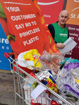 Shoppers' Revolt Plastic Hand-in UK