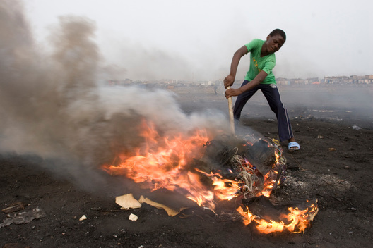 Boy Burns Electronic Cables in Ghana
