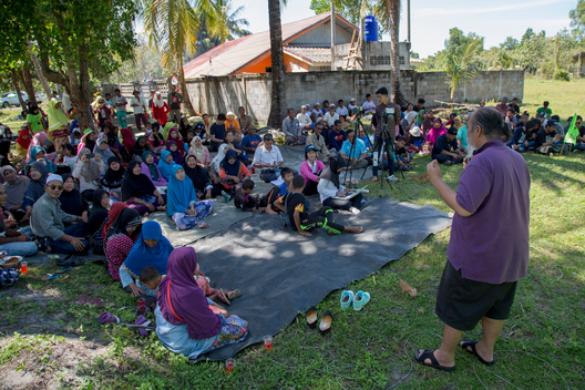 Local Communities Join Break Free Action in Southern Thailand