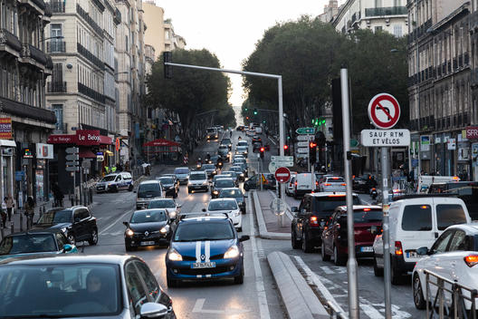 Clean Air Now Campaign Illustrated in Marseille, France
