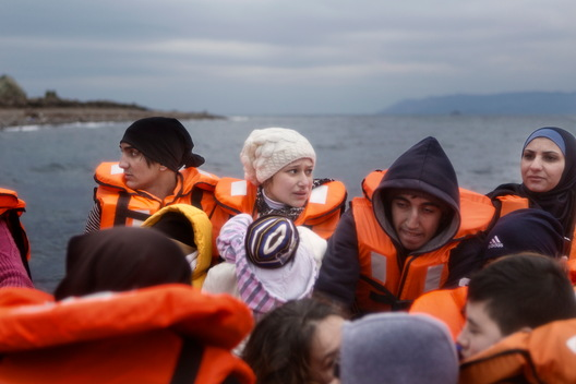 MSF and Greenpeace Rescue Refugees in Aegean Sea