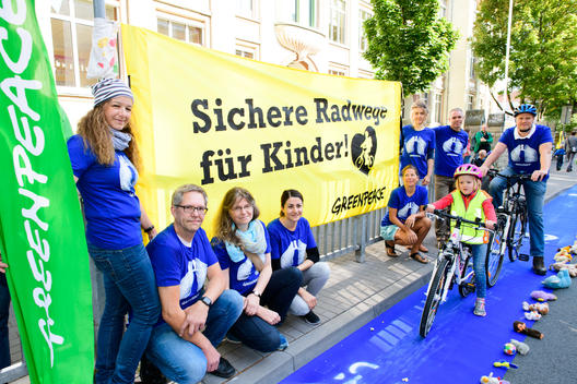 Group Action Day for Safer Bike Lanes in Paderborn