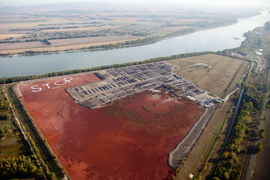 Action at Red Sludge Reservoir in Hungary