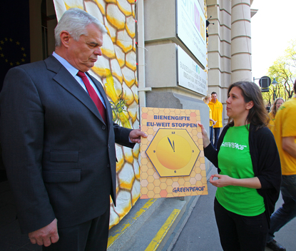 Beekiller Pesticides Action in Vienna