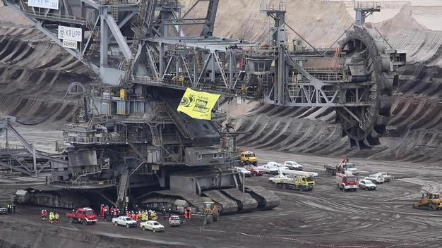 Protest at Garzweiler Coal Mine in Germany - News Access 1
