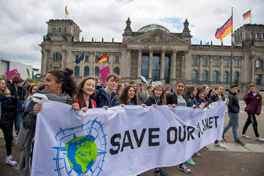 Youth Demonstration for Sustainable Consumption in Berlin