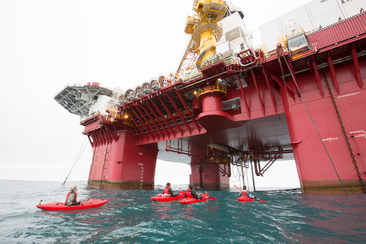 Arctic Sunrise Protests Arctic Oil Drilling in Barents Sea