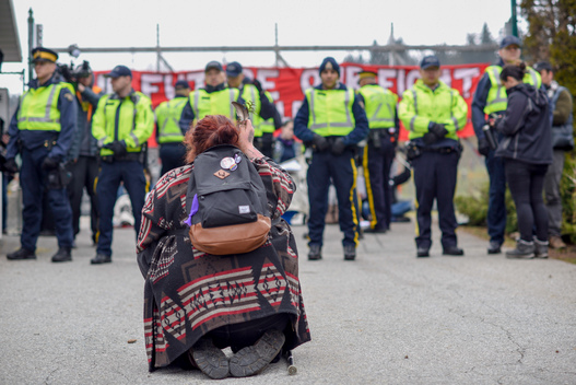Land Defenders Arrested at Kinder Morgan Tank Farm in British Columbia
