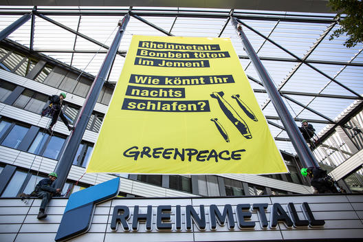 Protest at Rheinmetall HQ in Duesseldorf