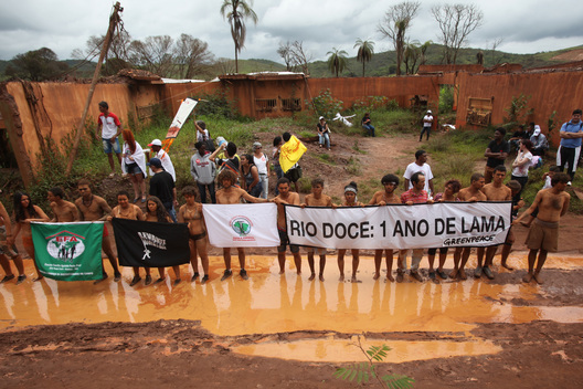 Activists Ask for Justice in Mariana