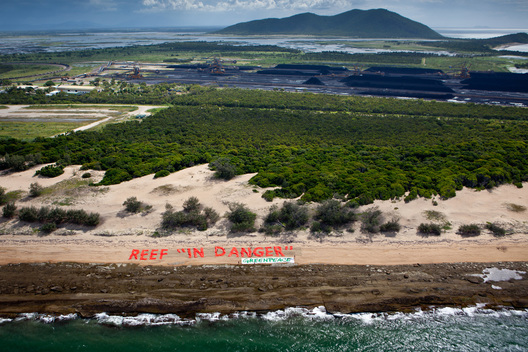 Banner at Abbot Point Coal Terminal