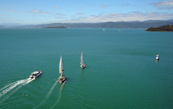 Flotilla for 'Oil Free Seas' Departs Wellington