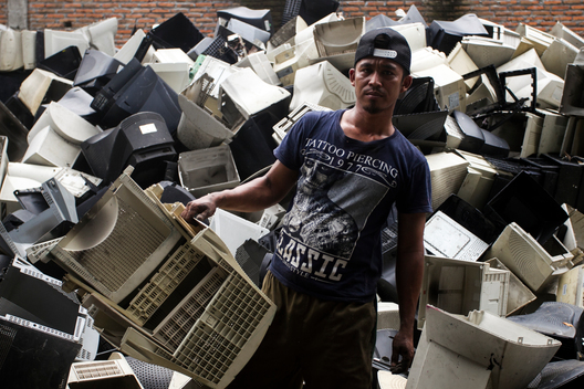 Electronic Waste Worker in Jombang