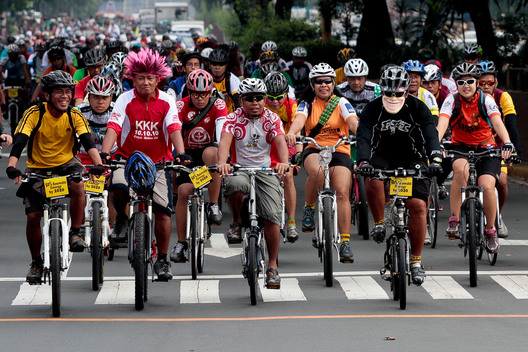Bike Ride for Renewable Energy in Manila