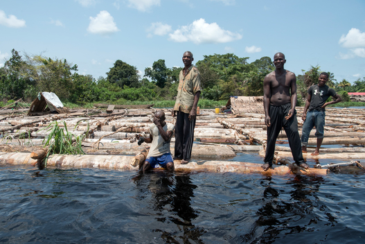 Villagers on the Congo River in DRC