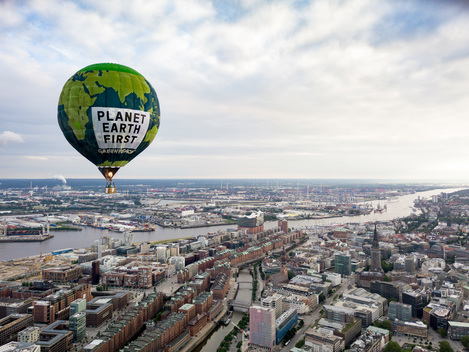 """Planet Earth First"" Hot Air Balloon Drifts over Hamburg"
