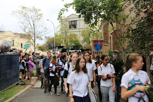 School Students Strike for Climate in Sydney