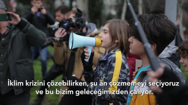 Friday for Future Student Demonstration in İstanbul - Web Video (Turkish Language and Subtitles)