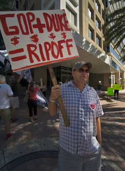 Duke Ratepayers Protest in Florida