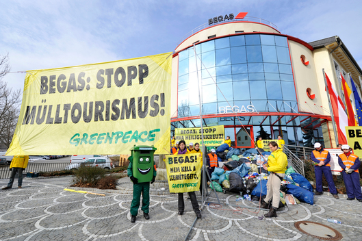 Action against Incinerator at Begas Office in Austria