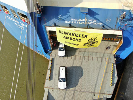 Aerial of Protest against SUVs in Bremerhaven