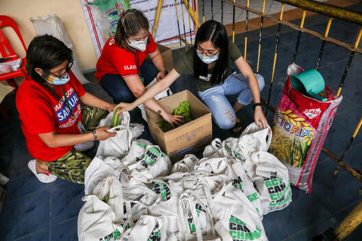 Food Response at Evacuation Center in the Philippines