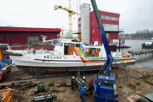 Dismantling of Beluga I in Hamburg