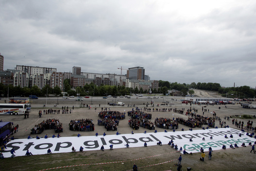 Human Banner at G8 Summit in Germany