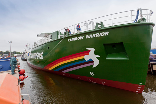 Rainbow Warrior III Enters the Water