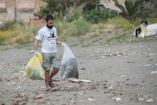 Beach Clean up Activity in Naples