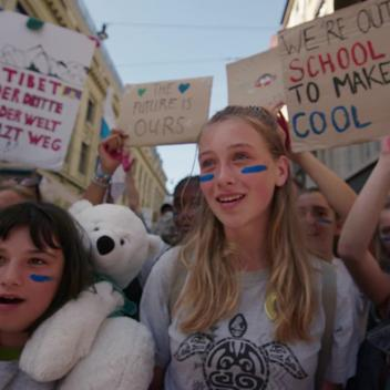 Global Climate Demonstration in Bern - Web Video (French, Square)