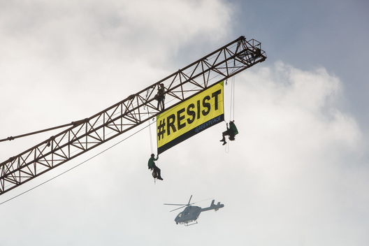 Resist Banner at US Embassy in Brussels