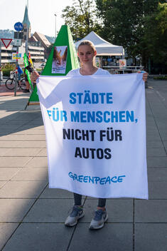 Protected Bike Lane Action in Stuttgart