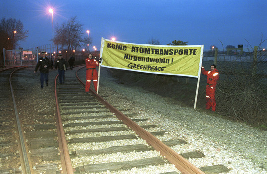 Nuclear Transport Action MOX Blockade in France