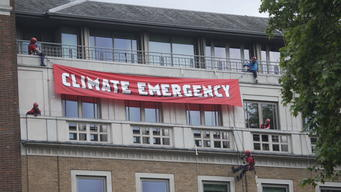 Climate Emergency Shut Down of BP HQ in London (2nd News Edit)