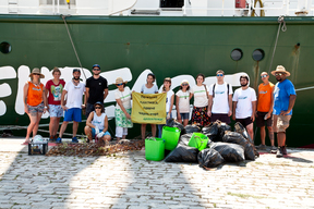 Beach Clean Up by the Rainbow Warrior Crew in Varna