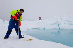 Measuring Arctic Sea Ice