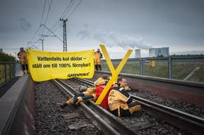 Chaining Action against Brown Coal in Germany